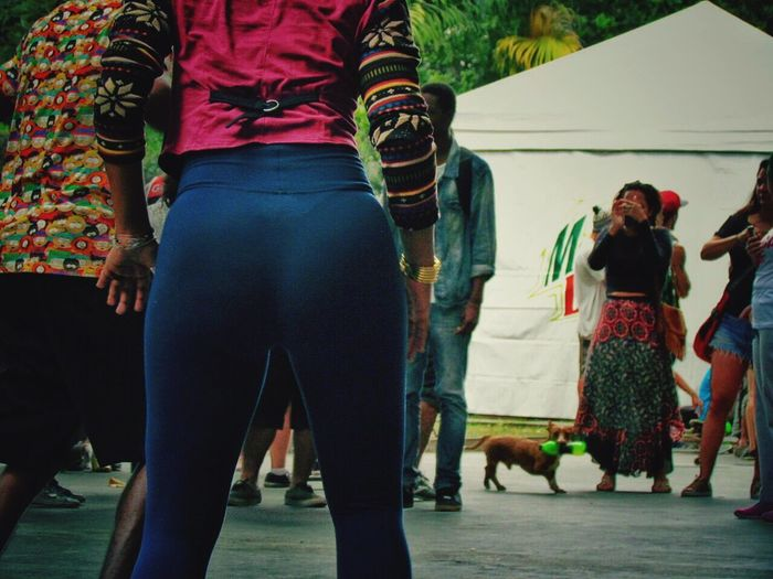 Lifestyles Real People Women DANCE ♥ Sexygirl Twerk Blackgirl Outdoors Performance People Day IPhoneography City Arts Culture And Entertainment Rio De Janeiro Cityscapes Cidademaravilhosa Skateboarding Party Arte Mountaindew  Dog Pudding