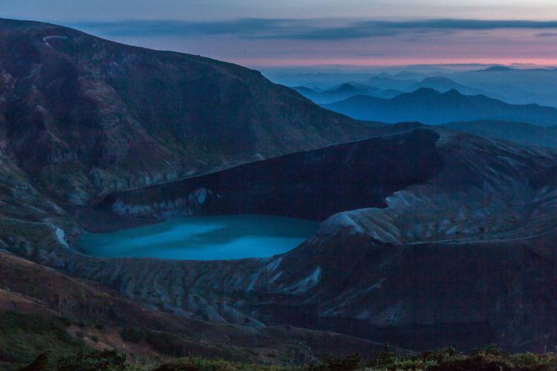 Lake Mountains Volcano Morning Sunrise Morning Glow Before Dawn Water Landscape