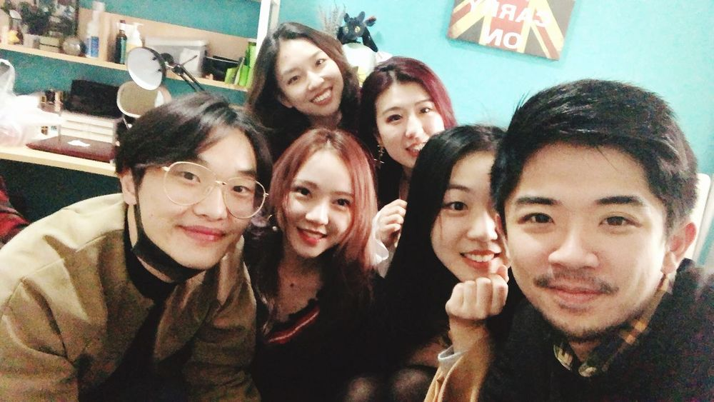Group Of People Friendship Portrait Leisure Activity Adult Togetherness People