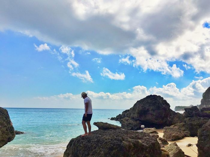 One Person Cloud - Sky Sky Adults Only Adult Sea Day Full Length One Man Only Outdoors Beach Vacations People Mature Adult Only Men Nature Standing Horizon Over Water Water Beauty In Nature