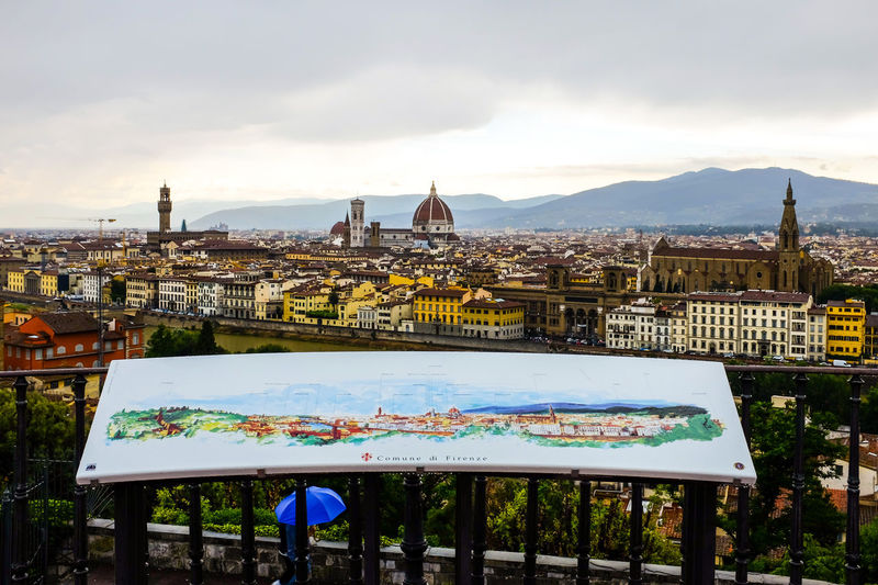 Vista di Firenze Arno  Blackandwhite City Cityscapes Cloud - Sky Colors Cupola Day Duomo Di Firenze Firenze Fiume Arno Florence Italy Landscape People Watching Piazza Del Duomo Rain Rainbow Rainbow Colors Rinascimento Sky Summer Tuscany Umbrella View