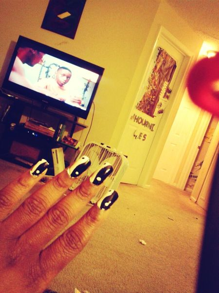 Did my nails.. hood-rat hood -rat hoochie mama!! ( P.S - don't look at my dirty house... BITCHESS! )