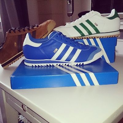 "Oow yeah.. Picked up three pairs of stunning ""Roms"" today.. Ccc Adidas Adidasrom Makingacollection Casual_district Casualclothing Awaydayclobber Threestripes Casualwear @casualclientclothing@we_are_casual_@casualclobbers Aditrainerlads"