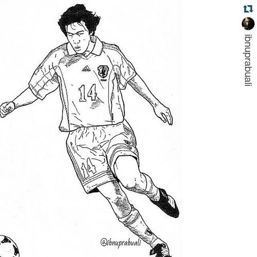 Repost @ibnuprabuali with @repostapp ・・・ Art Illustration Drawing Draw Picture Photography Artist Sketch Sketchbook Paper Pen Pencil Artsy Instaart Gallery Masterpiece Creative Instaartist Graphic Graphics Artoftheday Japan Nakamura Playmaker shunsukenakamura legend fantasista nippon football