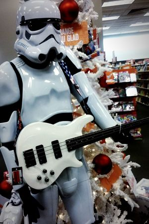 Tis the season to rock out! Christmas Time Starwars Starwarsfans Guitar PlayingGuitar Merry Christmas