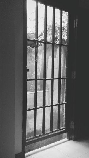 Through heaven's door Anie'spicture Undertherain Gloomyday