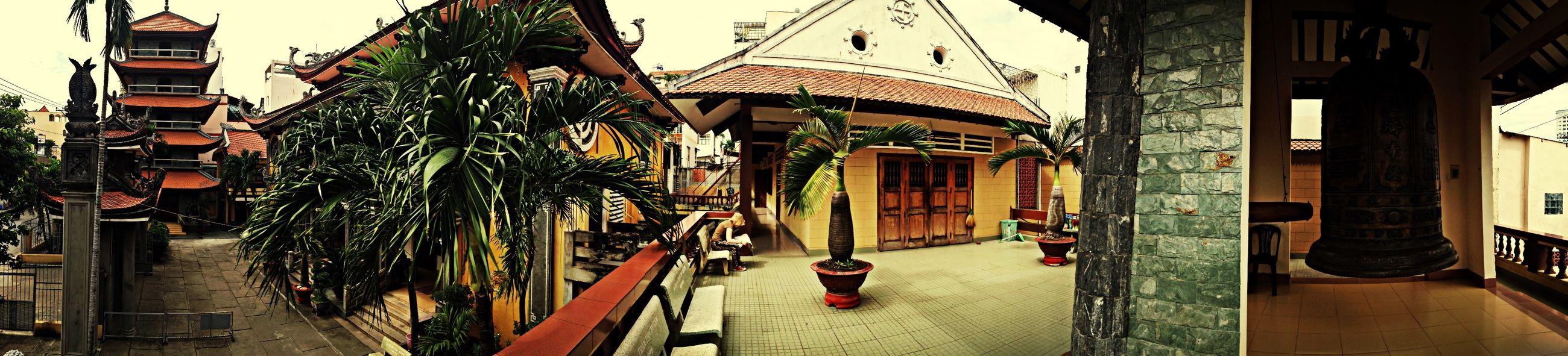 Pagoda Pagode Saigon Temple Hanging Out Enjoying Life Check This Out Hello World Vietnam Walking Around
