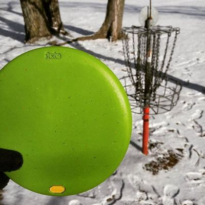 Putts for days Discgolf Vibram Vibramdiscgolf Mindbodydisc Rubberdiscs Puttinginwork Tranquildg Discgolfshoutouts
