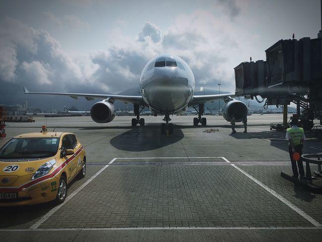 飛機 Sky air Airport AirPlane ✈ Airplane Airplanes Taking Photos ✈ Hk Hongkong Hingkong Hongkonger IPhone Showcase: February
