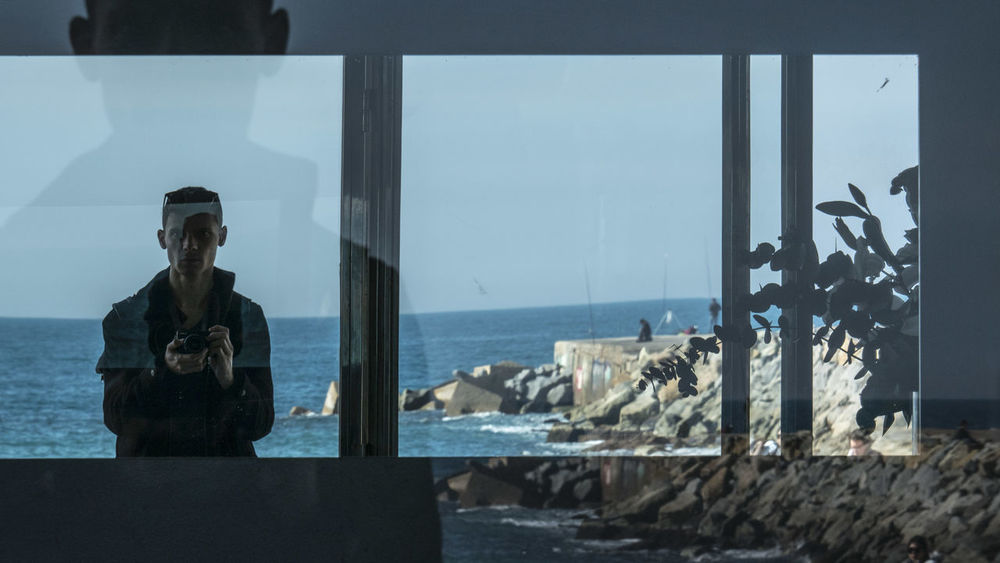 Adult Adults Only Barcelona Barcelona, Spain Bcn Day Horizon Over Water Mirror Nature One Person Outdoors People Real People Sea Self Portrait Around The World Self Potrait Sky Window Window Frame EyeEmNewHere