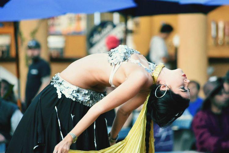 Texas Renaissance Festival Performance Young Women Music Outdoors