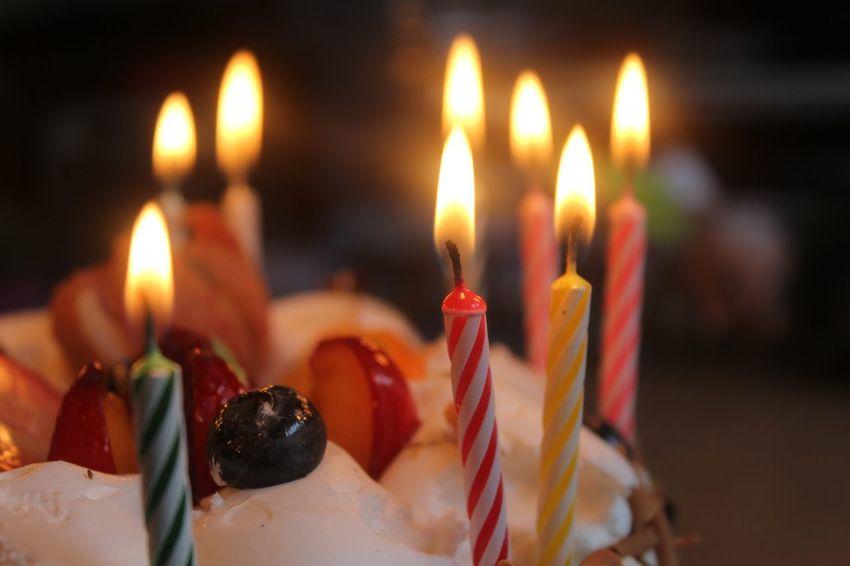 EyeEm Gallery EyeEm Birthday Cake Birthday Candles Burning Candle Flame Fire - Natural Phenomenon Heat - Temperature Fruit Advent Day Birhday Cake Cake♥ Cake EyeEmNewHere