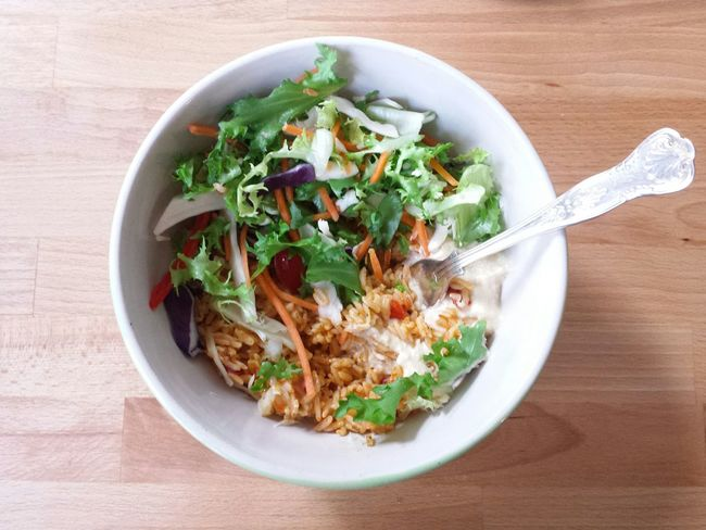 Bowls Humous Saladporn Salad Bowl Rice Rice Salad Salad Lunch Food Foodporn Food Porn Foodphotography Yum Tasty Table Kitchen Learn & Shoot: Simplicity Wood Beech Work Top Interior Design Interior Views Lunchtime Lunch Break Yummy