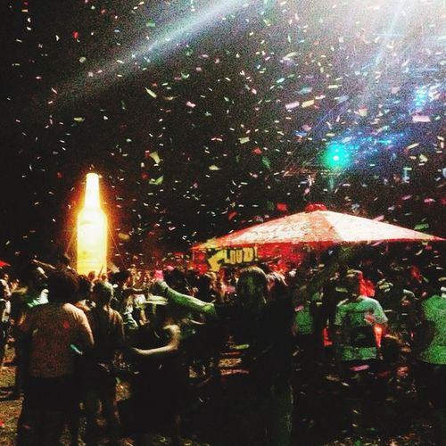 Konfetti // Glitzer // Festivalsommer People MELT! EyeEm Best Shots Taking Photos Love Festival