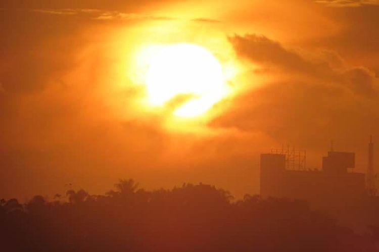 City Sky Nature Sunset Pôr Do Sol 🌅 Luz Do Sol Sun Light Sun Sol First Eyeem Photo