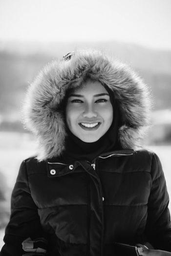 Gorgeous lady Winter Cold Temperature Warm Clothing Portrait Snow Looking At Camera Young Adult Smiling Weather One Person Real People Lifestyles Young Women Front View Outdoors Beautiful Woman Day Nature Close-up Sky EyeEmMalaysia EyeemTeam EyeEm Best Shots Eye4photography  Portrait Of A Woman