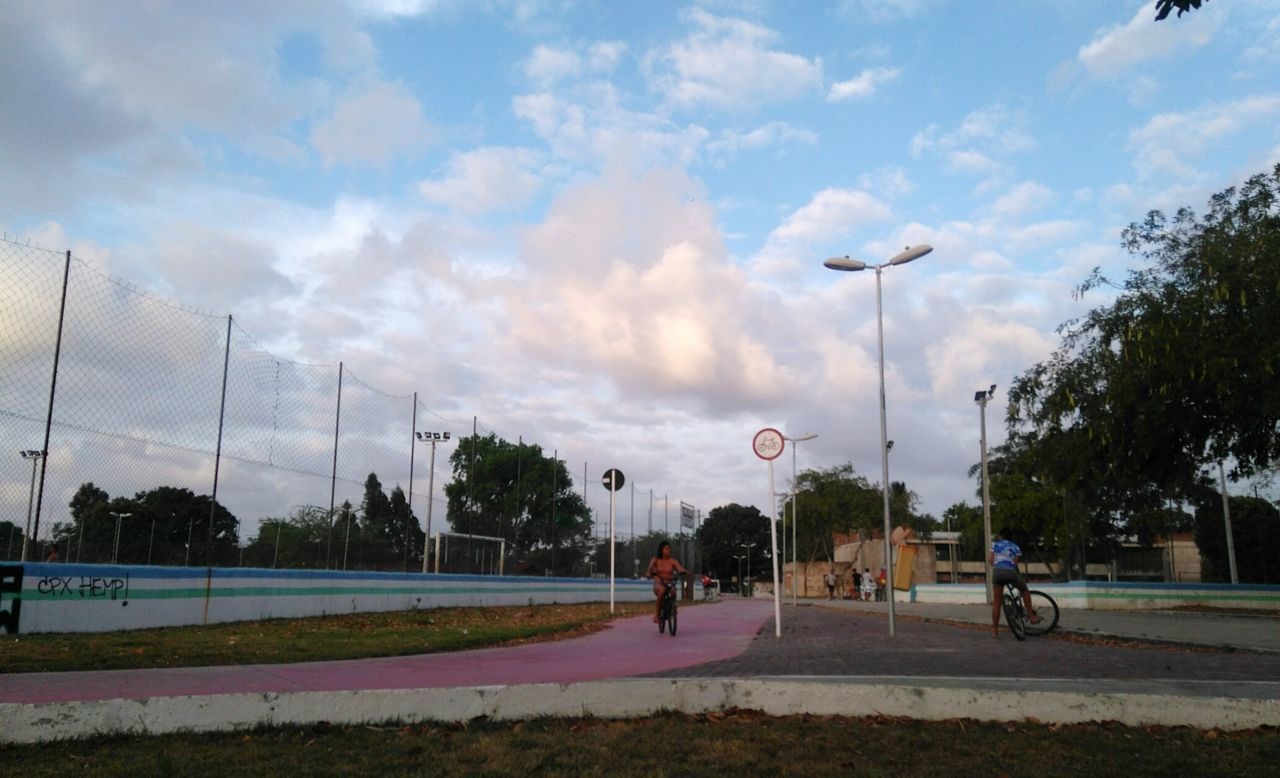 sport, tree, sky, cloud - sky, playing, leisure activity, day, playing field, outdoors, real people, competition, competitive sport, skateboard park