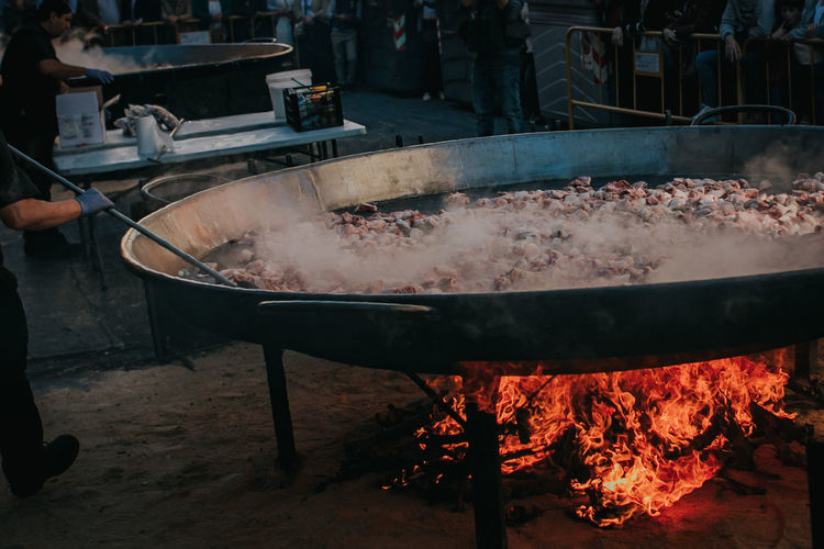 Paella Paella Valenciana Paella Gigante Tradition Food Outdoors People Preparation  Preparing Food Traditional Festival