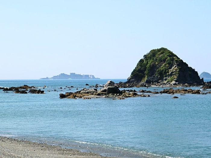 世界遺産 Nagasaki Japan 端島 軍艦島(gunkan-jima) Clear Sky Sea Sea Life Beach Sea Lion Sand Water Blue Rocky Coastline Rock - Object