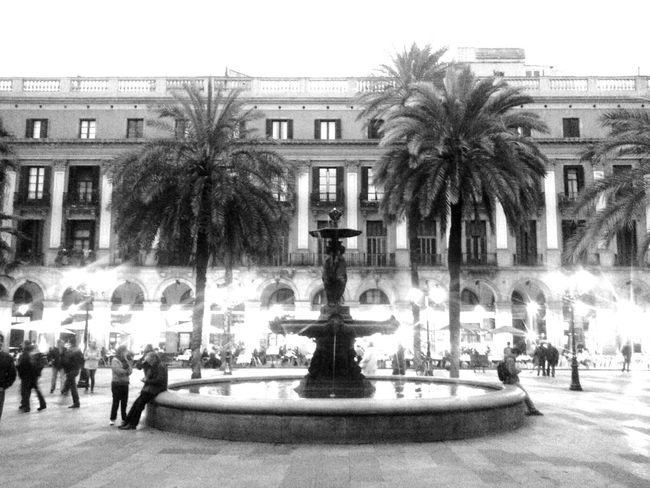 Barcelona♡ Walking Around The City  Plaza Real Black And White