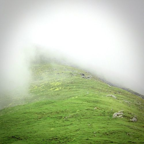 Lonelyroad Clouds Wodersofnaturewhiletrekking