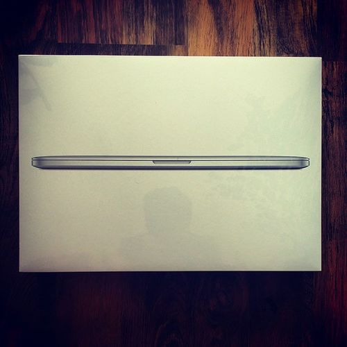 """Delivery Number 1 for today my brand new Macbook Pro 15"""". A wise investment for a designer, cant wait to use it for my work :D MacBook Pro 15 Apple delivery 1 design awesome newnews"""