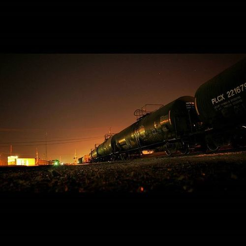 Whats a photographer without a generic long exposure train pic? Midlothian Texas Hotsummernights SummerNights Summernight Train Railroad Night Longexposure Orangenightsky Nightsky Orangesky Latenightout