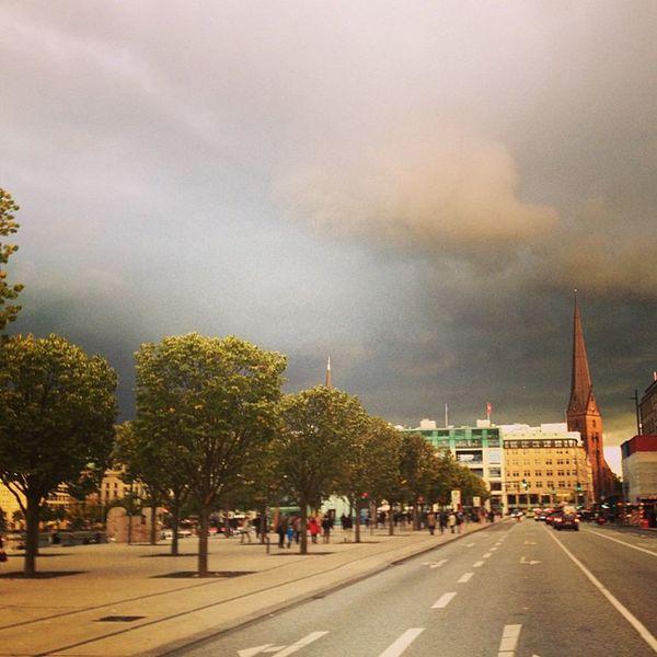 typisch #hamburg! Hamburg Jungfernstieg