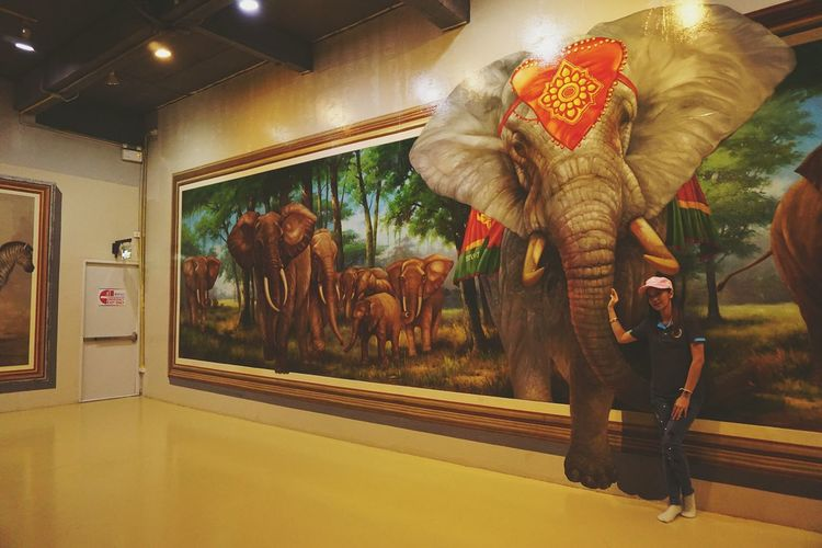 Isn't me, I dont know her. 😊 Art In Paradise Thailand Elephant