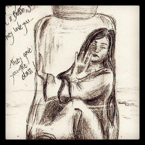 Bundan 7 yil once ne cizerdimm yaaaaaa:) saolsun arkdasm yillar snra kendi cizimlerimi bana hatrlatti arsivlemis adam ya :))))Karakalem Resim Tuval Portre instamoodinstafollow