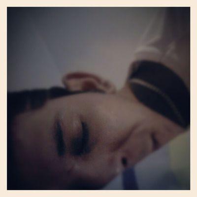 Sleep Dormir Sonhar Instanight night goodnight bonnenuit bonssonhos beloadormecido ilove follow2follow instagood instaguy guy bedroom