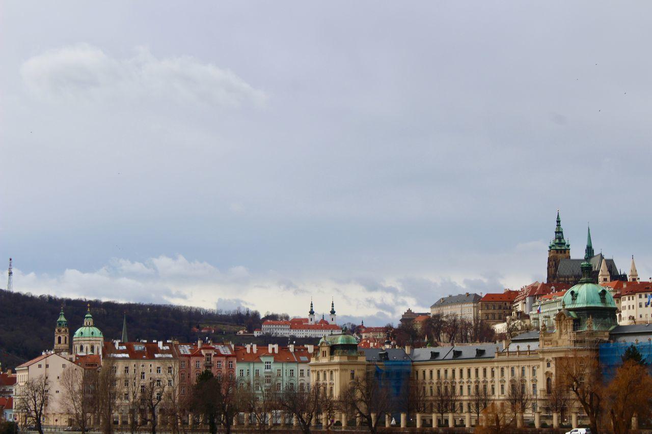 VIEW OF BUILDINGS IN TOWN AGAINST SKY