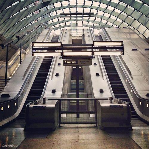 Way Out⬆?Canary Wharf #underground #tube ??? Love_london Ic_cities_london Underground Ig_london Tube Gang_family Canarywharf London_only Ic_cities Gf_uk Alan_in_london Insta_london O2trains Thisislondon Gi_uk Igers_london Ig_england