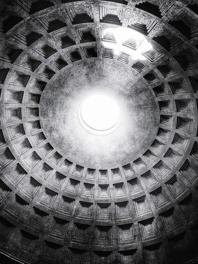 Pantheon ceiling Pantheon Rome Roma Italy Art Architecture_collection Architecture Historical Building EyeEm Best Shots EyeEm Best Shots - Black + White Blackandwhite Black And White Black & White Blackandwhite Photography Sunlight Hole Concentric Illuminated Full Frame Architecture Built Structure Cupola Directly Below Ceiling Architecture And Art Skylight Geometric Shape Architectural Detail Dome Ceiling Light