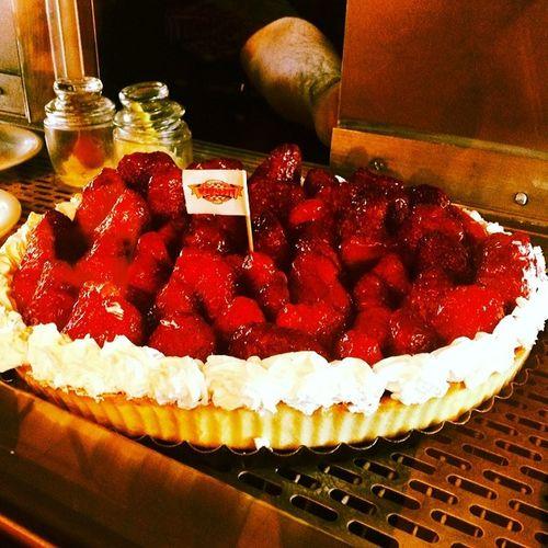 Kirinti Strawberry Tart Foodporn Visual Feast
