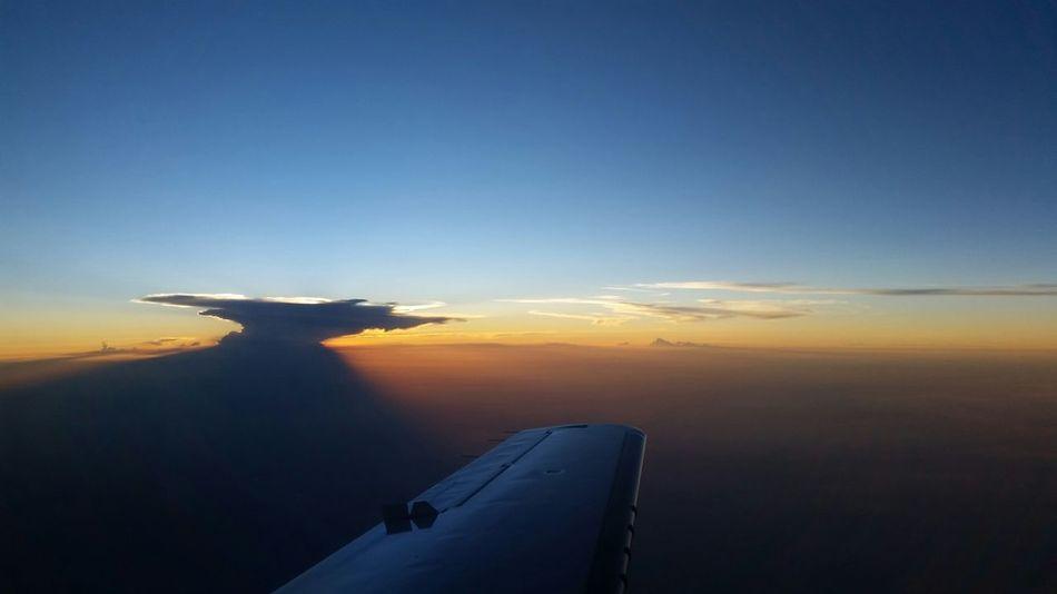 Pilotlife Citation Mustang Inflight TheSkyFromAWindow #iBeliveICanFly Cumulonimbus Captainflying FirstOfficerShooting!