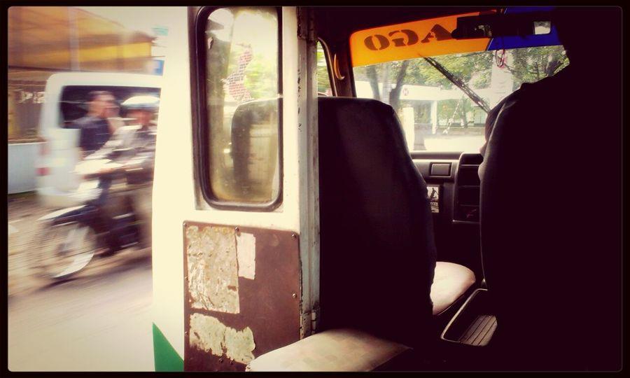 Selamat Pagi Angkot