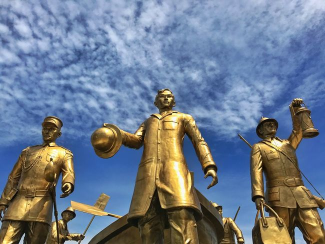 Statue Human Representation Sculpture Gold Colored Low Angle View Architecture Male Likeness Cloud - Sky Travel Destinations JoseRizal DapitanCity