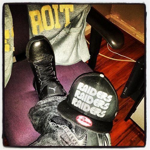 Sneakerheads Smiths_kicks Sickkicks Lovethisone kicksaustralia kickgame snapback Jordan Jays holdat