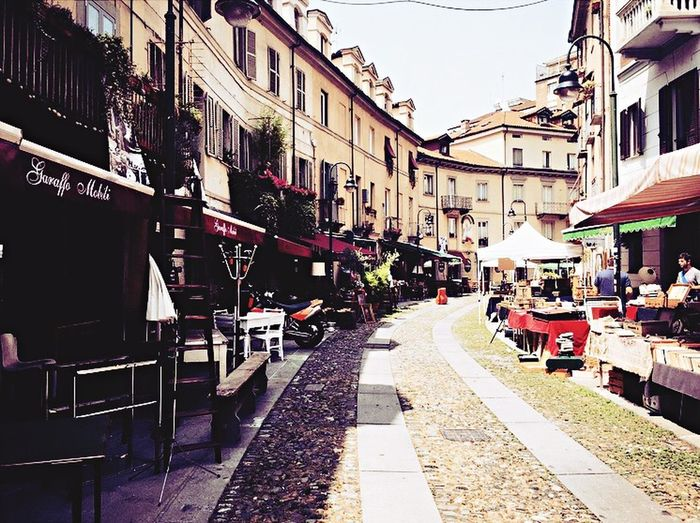 Torino Vintage Shopping Great Deals Relaxing Looking At Things