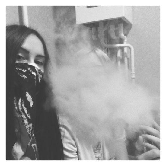 Опасные красотки кальян дым
