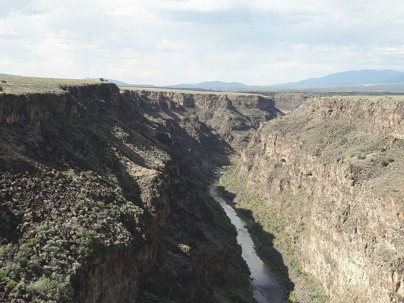 Canyon Vertigo Nature Photography Natural Don't Jump Nature View High Places Hello World River Rio Grande Gorge Taos Gorge Taos New Mexico Eyeemphoto A Bird's Eye View Perspectives On Nature
