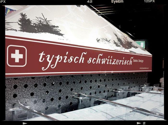 typisch in Zürich-Flughafen Typisch