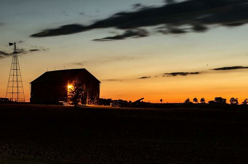 Sunset on the farm House Silhouette Barn Rural Scene Farmhouse Outdoors Landscape Sunset Night Sky Building Exterior Nikon D7000 Canada Coast To Coast NikonLife Atmospheric Mood Tranquility Ontario, Canada
