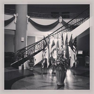 Empty lobby....12pm. Sunday.