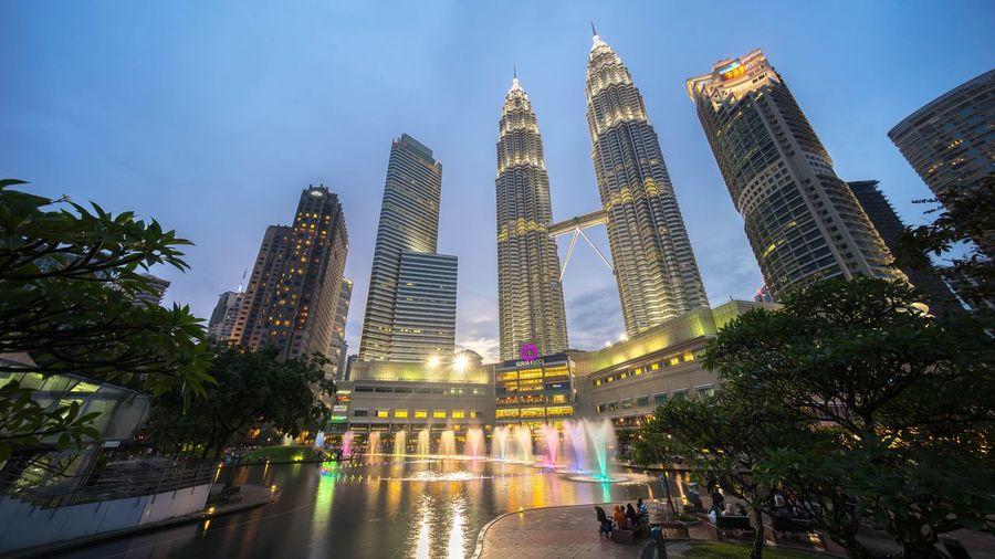 Beautiful Blue Hour at Suria KLCC Petronas Twin Towers Kuala Lumpur Malaysia Cityscapes Skycraper Cities At Night