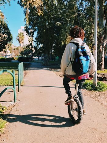 Lieblingsteil Full Length Bicycle One Person Casual Clothing Rear View The Street Photographer - 2017 EyeEm Awards Leisure Activity Outdoors Only Men Healthy Lifestyle Day One Man Only Real People Adult People Adults Only Young Adult מייאייפון7 מייבתגלים מייסטריט IPhone 7 Plus IPhone7Plus Shotoniphone7plus The City Light