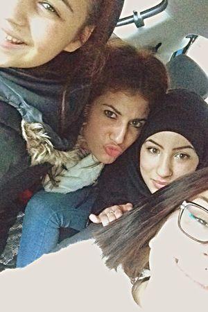 Friends Love Selfie Cheese! Relaxing Afterschool  Dude Happiness Girls ? ?