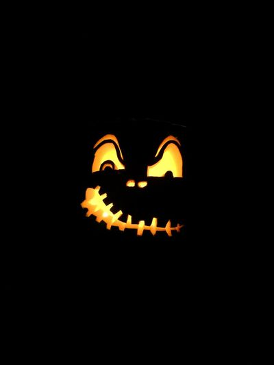 Halloween Trickortreat Halloween Horrors Pumpkin Lights Decoration Jackolantern Jack O Lantern Black Background Illuminated Orange Color IPhoneography Kürbis Horror Spooky