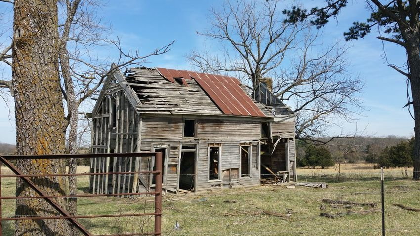 Old House Old Buildings Old-fashioned Built StructureSky Building Exterior Architecture No People Outdoors Tree House Day Bare Tree No Edit/no Filter Rural Scene Rural America Rural Gateway, Arkansas